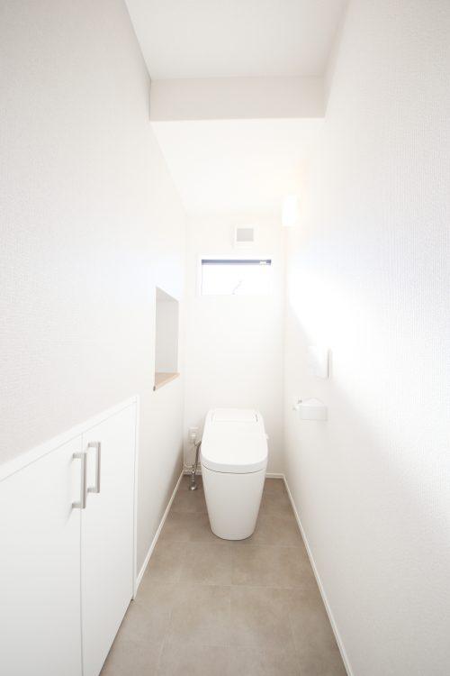 ハグミエ借宿2号棟のトイレ